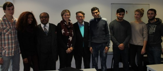 """""""Manieren sind nichts anderes als die ästhetische Form der Moral'' - Prinz Asserate zu Gast bei EC Europa Campus"""